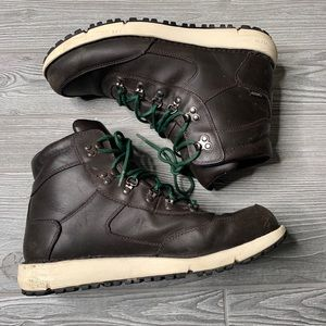 Danner leather gortex boots size 10